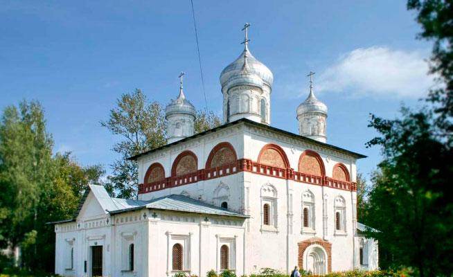 Церковь Святой Троицы Старой Руссы