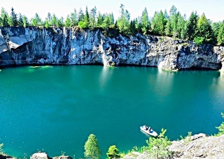 Мраморный каньон в Петрозаводске