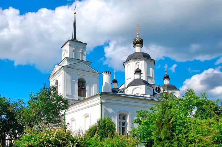 Церковь Дмитрия Солунского в Рузе