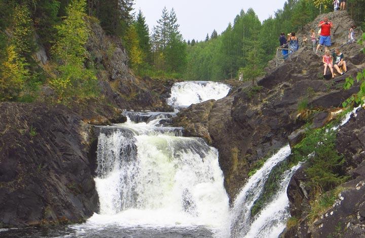 Водопад «Кивач» в Петрозаводске