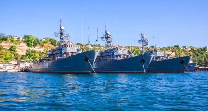Боевые корабли - гордость Севастополя