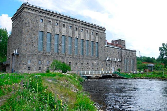 Кондопожская ГЭС на реке Суне