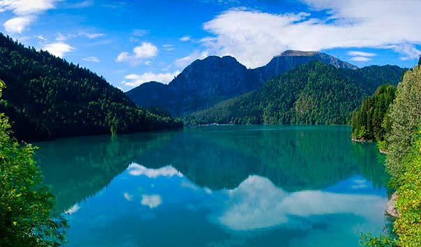 Озера Рица в Сочи