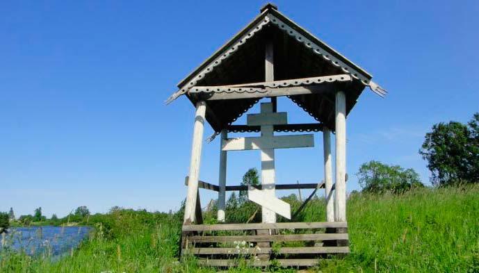 Придорожный Крест возле Олонца