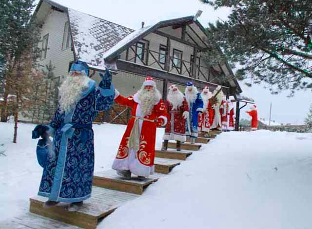 Деды Морозы на фестивале в Олонце