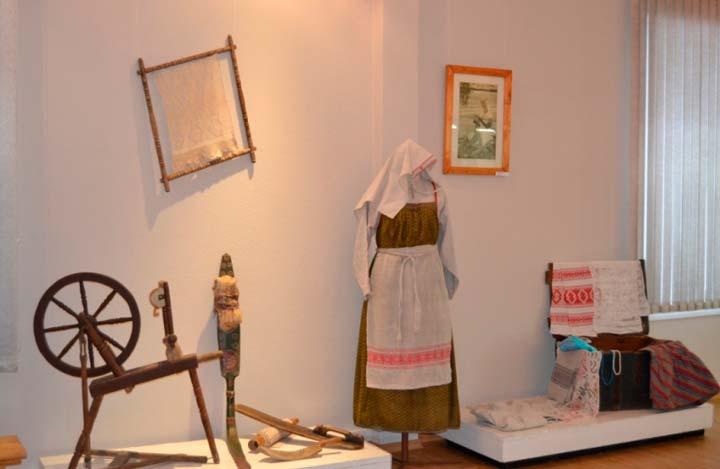 Мастерская по обучению Олонецкому ткачеству В Олонецке