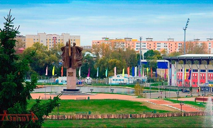 Монумент Навек с Россией