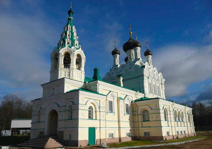 Церковь Святой Троицы в Ивангороде