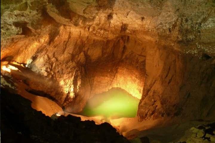 Пещера города Новый Афон