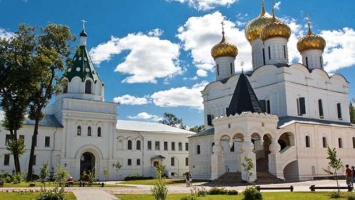 Монастырь города Углича