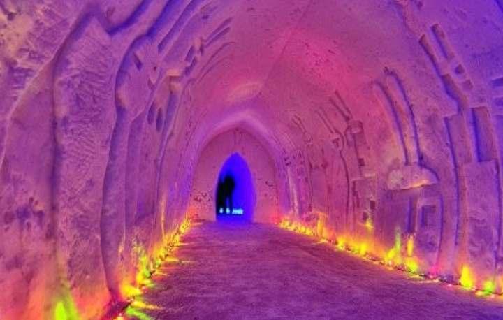 Ледяной дом в горах Хибины