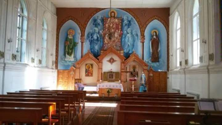 Внутри костела в городе Луга