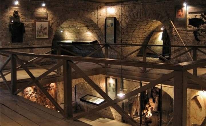Внутри крепости в Старой Ладоге