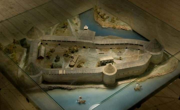 Макет крепости в Старой Ладоге