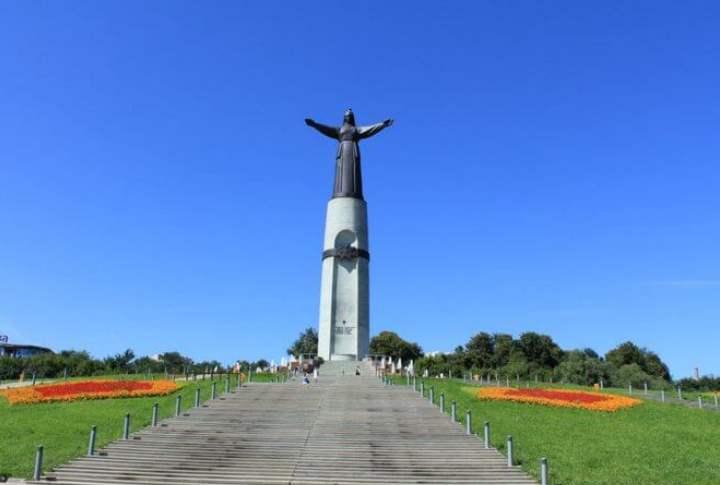Памятники города Чебоксары