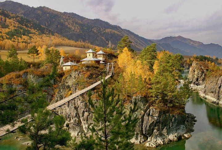 Село Чемал Одно из самых посещаемых мест Горного Алтая