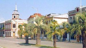 Улицы городка Гудауты