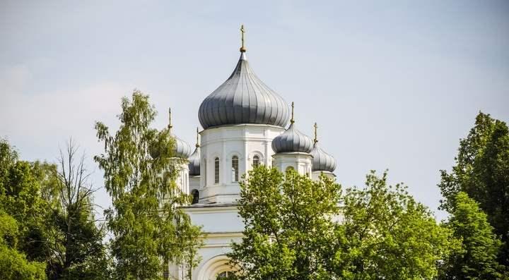 Здесь хранилась чудотворная икона Казанской Божией Матери