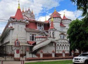 Дворец в республике Марийэл