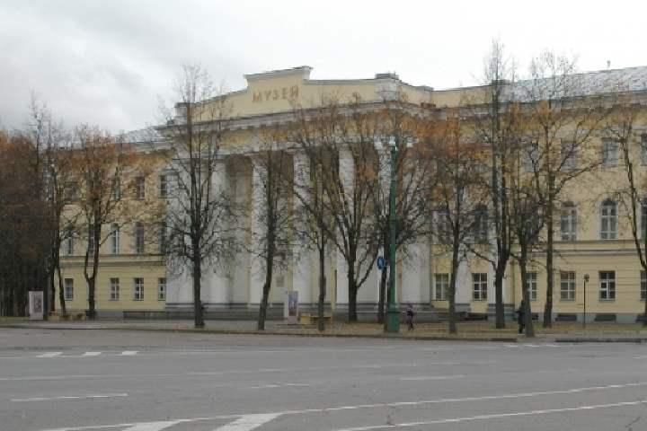 Музей расположен в здании дворянского собрания