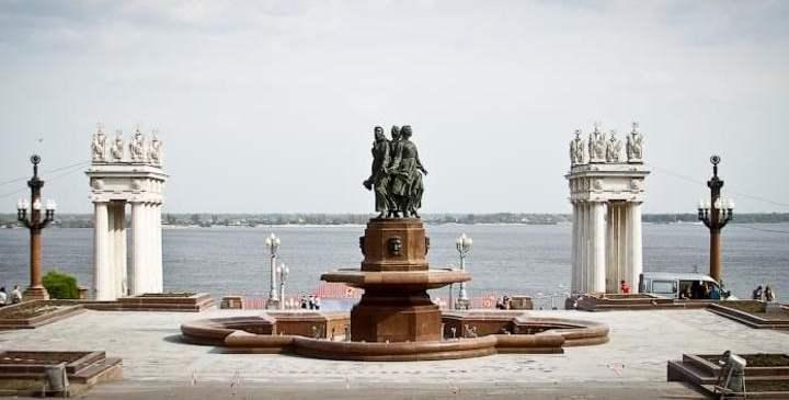 Городская набережная Волгограда считается одной из самых лучших на Волге