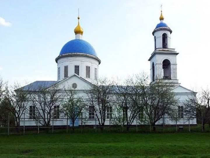 Первый храм построили еще в середине 18 века