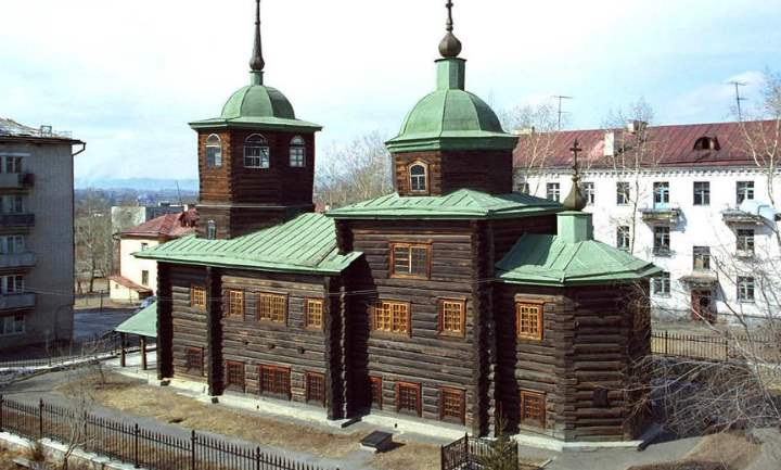 самое старое здание в город