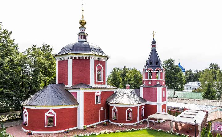 Красная церковь