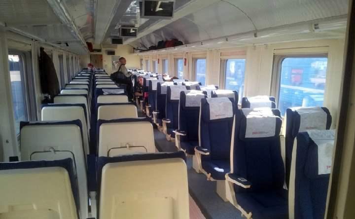 Вагон поезда на Брянск