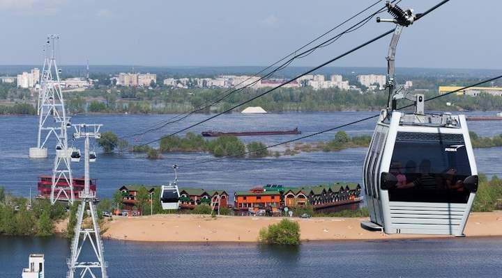 Вид на правую сторону новгородской канатки
