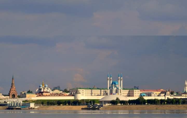 Казанский Кремль построен в 10 веке