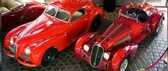 Красные ретро автомобили