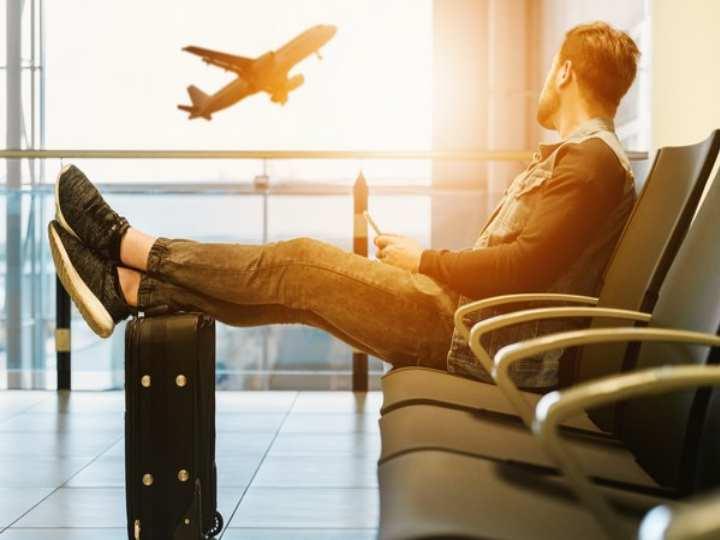 Действия пассажира для получения компенсации при задержке или отмене рейса