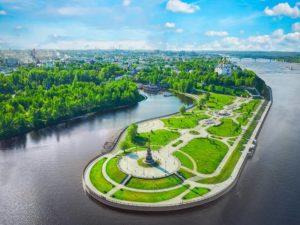 Еще в средние века Волжская набережная Ярославля была абсолютно неухоженной