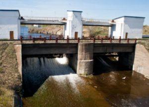 * Первый завод по добыче меди и золота был построен в Сибае в 1913 году.