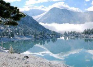 - река получила название по имени первого поселенца - казака Белокурова Евсея