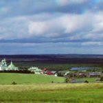 - Ферапонтов монастырь, находящийся в 20 км от Кириллова, входит в список Всемирного наследия Юнеско