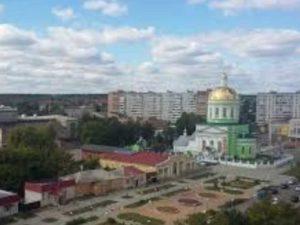 Находится в переулке Советском