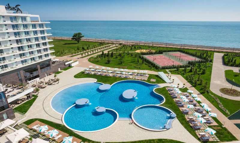 чистейший пляж в Сочи на территории отеля