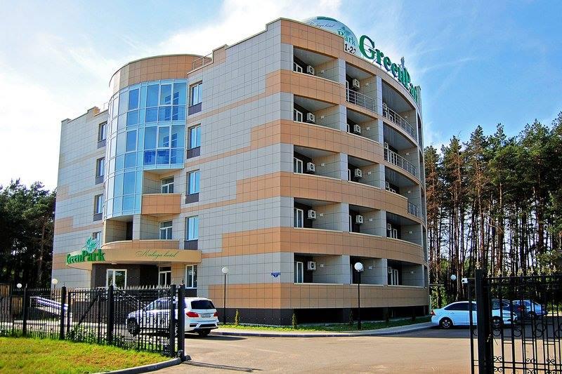 Находится в Калуге, на улице Резванская, в 10 минутах езды от центра города
