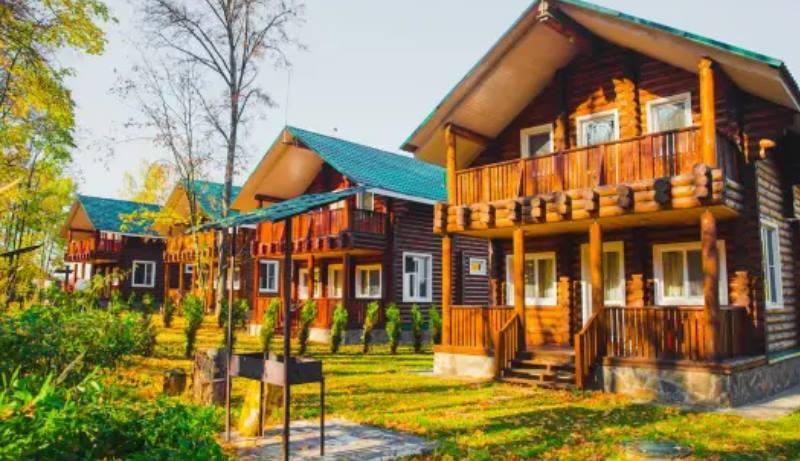 Находится в серпуховском районе Подмосковья, дер. Спас-Тешилово