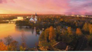 История города началась в 1714 году, после посещения этих мест царем Петром 1.
